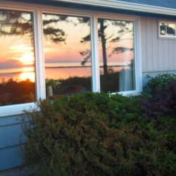 Enjoy our Waterfront Cottages in Sequim This Winter